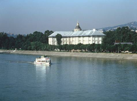 Hotel Grand Margaret Island - Grand Hotel with Danube