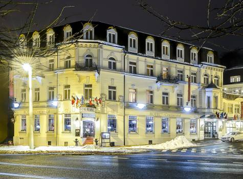 Hotel Continental - hotel-continental-marienbad-exterior-winter-01