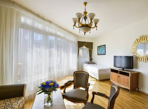 Residence Romanza - residence-romanza-marienbad-suite-with-terrace-01