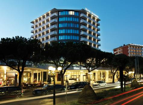 Hotel Slovenija - Outside view
