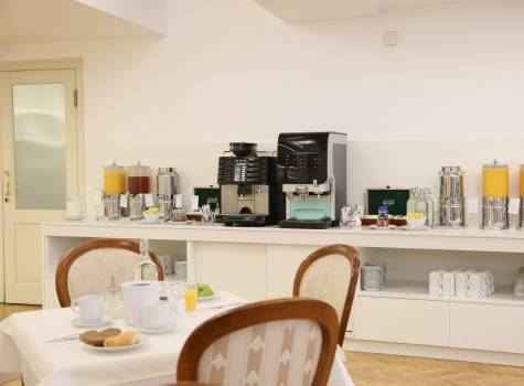 ASTORIA Hotel & Medical Spa - Breakfast 3