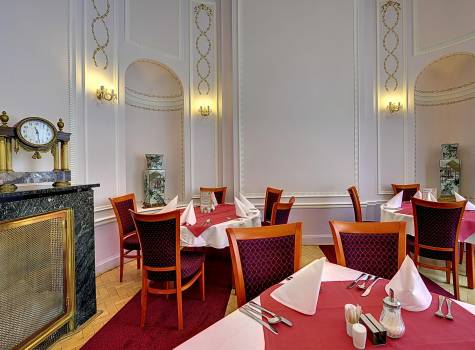 Radium Palace  - Radium Palace_The Marble restaurant - 3.jpg