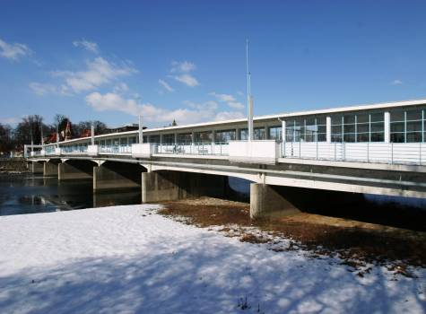 Thermia Palace  - Colonnade bridge-winter2.JPG