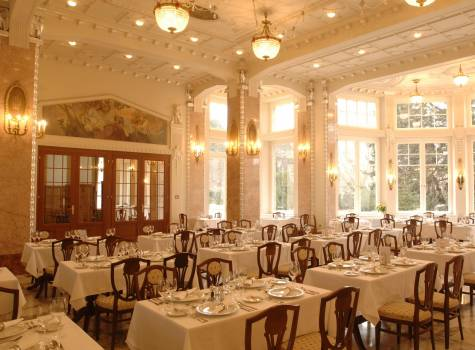 Thermia Palace  - Thermia-Grand restaurant-overall1.JPG