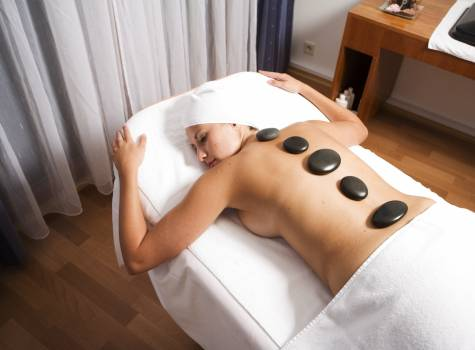 Hotel Cristal Palace - hot stone massage