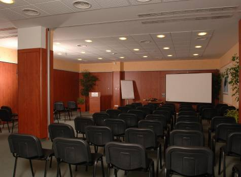 Hotel Répce - Repce_Gold-Conference_room