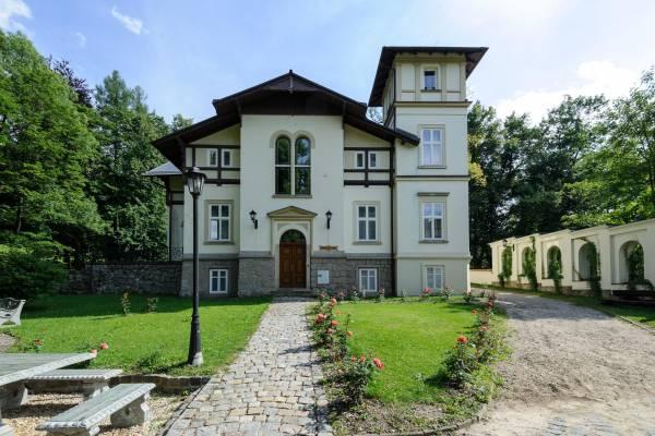 Villa Friedland****